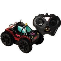 Carro de Controle Remoto Batman Veículo de Manobras Candide 9051